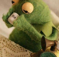 Memes Reaction Kermit Ideas For 2019 Best Memes, Dankest Memes, Funny Memes, Sapo Kermit, Sapo Meme, Frog Meme, Funny Reaction Pictures, Kermit The Frog, Kermit Face