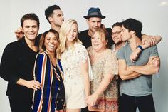 The Vampire Diaries cast @ Comic Con 2016 Vampire Diaries Stefan, Vampire Diaries Cast, Vampire Diaries The Originals, Damon Salvatore, Vampire Barbie, Zach Roerig, Matthew Davis, The Salvatore Brothers, Vampire Series