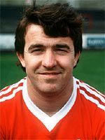 John Robertson of Nottingham Forest & Scotland in British Football, Retro Football, Football Soccer, Football Players, Brian Clough, Nottingham Forest Fc, Back In The Day, The Past, Memories