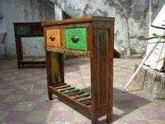 Mesitas De Arrime Mesa Tv Patinado Reciclada Madera Antigua - $ 1.700,00