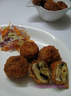 AmazingRasoi: Stuffed fried Mushroom Indian Snacks, Indian Food Recipes, Ethnic Recipes, Chaat, Mushroom Recipes, Baked Potato, Cauliflower, Stuffed Mushrooms, Sweets