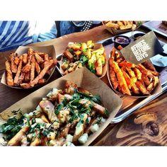 Frittenwerk - Die Pommesmanufaktur garlic fries, sweet potatoes, süße fritten, knoblauchfritten, fresh food fast, düsseldorf bilk, streetfood, made with love,