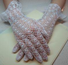vintage pattern, crochet lace gloves