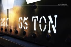 colorshoot >> DAILY PHOTO. Trains, daily photo, black 65 ton, textures