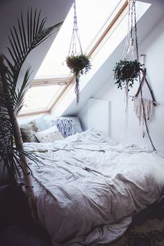Cozy Bedroom Ideas For Teens Small Spaces For Dummies 90 Dream Rooms, Dream Bedroom, Gypsy Bedroom, Cozy Bedroom, Bedroom Ideas, Bedroom Loft, Fall Bedroom, Attic Bedrooms, White Bedroom