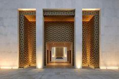 Msheireb Mosque by John McAslan + Partners Mosque Architecture, Religious Architecture, Architecture Details, Modern Architecture, Facade Design, Exterior Design, House Design, Le Riad, Facade Lighting