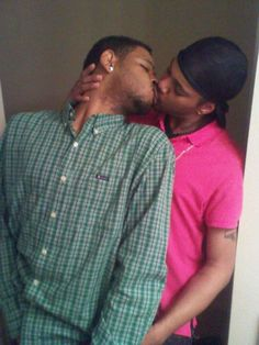 hot sexy gay man male muscle kiss love black