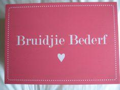Bruidjie Bederf Box | The Perfect Day Wedding Groom, Bride Groom, Groom Wedding Accessories, Box, Snare Drum