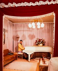 Elvis Presley's 1912 Wm. Knab & Co. Piano for $375,190