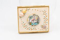 Rare vintage Florida souvenir powder compact by ChronicallyVintage