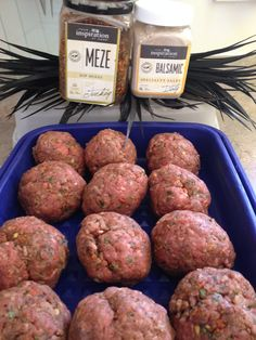 YIAH Meze dip rissoles with a good pinch of YIAH Balsamic Salt dust ! Home Recipes, Gourmet Recipes, Cooking Recipes, Healthy Recipes, My Favorite Food, Favorite Recipes, Dinner Dishes, Air Fryer Recipes, Recipe Using
