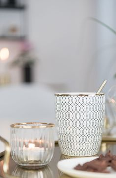 Ich mag diese Kollektion von H&M Home sehr... mehr Bilder davon findet Ihr auf meinem Blog: www.soriwrites.de Kitchenware, Tableware, Infused Water, Sweet Home, Blog, House, Design, Moving Home, Winter Time