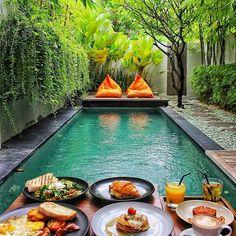 Breakfast at the pool Bali Indonesia Photo by Small Backyard Pools, Small Pools, Swimming Pools Backyard, Swimming Pool Designs, Backyard Landscaping, Backyard Ideas, Landscaping Ideas, Lap Pools, Indoor Pools