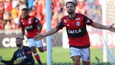 Mais Brasileirão: Flamengo vence Atlético-PR para manter-se na briga