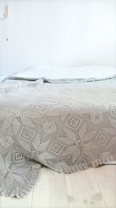 Vintage crocheted blanket Stars by lacasadecoto on Etsy