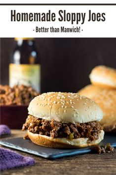 These homemade Sloppy Joes make an easy lunch and taste even better than Manwich! Homemade Sloppy Joes are not only easy to throw together, the rich zesty flavor is better than Manwich! Quick Sloppy Joe Recipe, Homemade Sloppy Joe Mix, Sloppy Joes Recipe, Best Lunch Recipes, Delicious Dinner Recipes, Amazing Recipes, Yummy Recipes, Favorite Recipes, Vegan Sloppy Joes