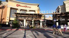 Shopping in Tampa Bay - Five Reasons to visit Tampa Bay #Tampa #TampaBay #InternationalPlaza #CheesecakeFactory #Shopping #Florida #Travel #Blog #TravelBlog
