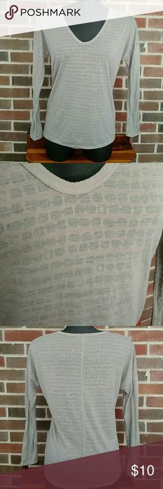 Gap long sleeve top Long sleeve v-neck, taupe and color, sheer and solid design, size small, lightly loved GAP Tops