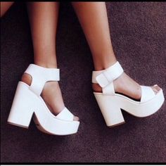 NEW W/ BOX Lipstik Shoes Jase New! Super cute white chunky platform heels from Australian brand Lipstik Shoes. Amazing for spring and summer, and super comfortable! 4.5 inch heel, 1.5 inch platform. Lipstik Shoes Shoes Heels