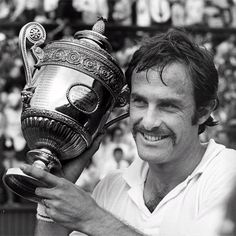 """Il mio primo grande """"amore""""...il tennista Newcombe"""