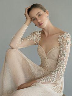 Wedding Dress Trends, Fall Wedding Dresses, Bridal Dresses, Wedding Gowns, Jenny Packham, Non Plus Ultra, Vestidos Vintage, Bridal Fashion Week, Plus Size Wedding