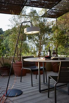 6 Insider Tips for Styling an Outdoor Kitchen and Dining Room