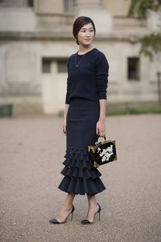 Gary Pepper, Grand Palais, Paris … - Cocktail dress new Fashion Mode, Modest Fashion, Skirt Fashion, Love Fashion, Fashion Looks, Fashion Outfits, Womens Fashion, Fashion Trends, Street Fashion