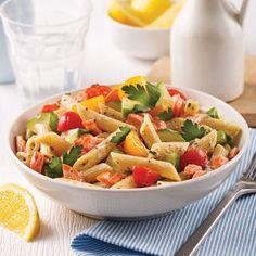 Salade de macaronis au jambon et à l'ananas - 5 ingredients 15 minutes Salad Bar, School Lunch, Pasta Salad, Cantaloupe, Macaronis, Fruit, Ethnic Recipes, Food, Lunch Ideas