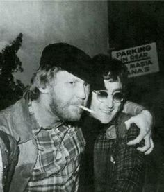 Awesome pic of Harry Nilsson and John during that lost weekend that took 18 months <3