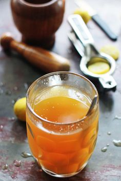 Paanaka – Indian lemonade with Jaggery and Cardamom