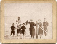 free download: beach scene cabinet card