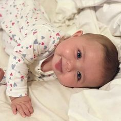 trendy Ideas baby fever pictures so cute So Cute Baby, Baby Kind, Cute Kids, Beautiful Children, Beautiful Babies, Beautiful Life, Funny Babies, Cute Babies, Cute Baby Videos