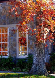 I had to pin this because I just love the stones this house is made of; so beautiful against the Autumn colors