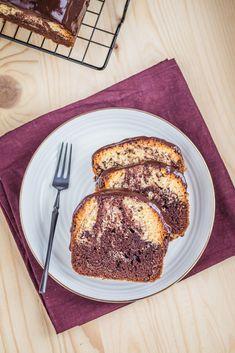 Babka marmurkowa na oleju - przepis ze Strefa Wypieków Keto Recipes, Cooking Recipes, Banoffee Pie, Nutella, Banana Bread, Slow Cooker, French Toast, Breakfast, Food