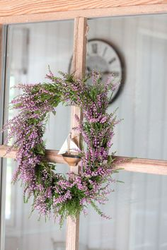 Fall Heather Cottage -- Love the Scottish Heather above all else.or any kind of heather. Heather grows on Cape Cod too. Wreath Crafts, Diy Wreath, Door Wreaths, Autumn Wreaths, Christmas Wreaths, Lavender Wreath, Purple Wreath, Deco Nature, Paint Colors For Living Room