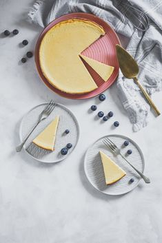 new york cheesecake (sajttorta) cukormentesen - sugarfree dots Sugar Free, Cheesecake, New York, Sweets, Plates, Tableware, Ethnic Recipes, Desserts, Food