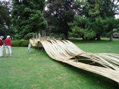 water-sculpture = Wood