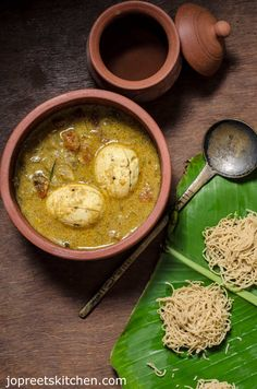 Simple Egg Curry using Coconut Milk