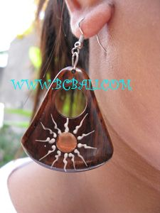 pictures of handmade wooden earrings   Wooden Earring Home Made Fashion Jewelry, earring from wood material ...
