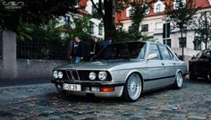BMW E28 (Cool Cars Vintage)