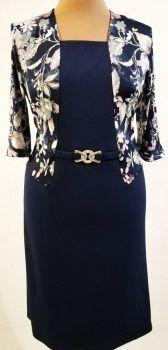 3/4-es ujjú, sötétkék alapszínű, felső része elől-hátul  fehér és lila színű, virág mintával díszített, selymes anyagú, alkalmi ruha Fashion, Moda, Fashion Styles, Fashion Illustrations