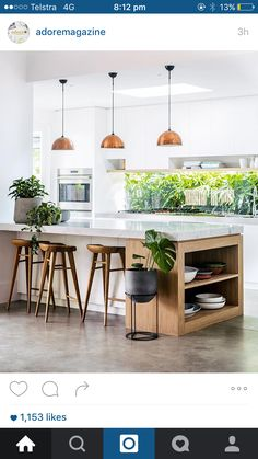 Modern Kitchen Interior Modern Kitchen Lighting Ideas - The kitchen is the proud domain of every housewife and this is the place where she spends a good part of her daily life. With prices of real estate New Kitchen, Kitchen Dining, Kitchen Decor, Kitchen Cabinets, Kitchen Ideas, Kitchen Wood, Island Kitchen, Kitchen Modern, Kitchen Layout