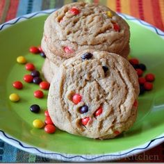 Lunch Lady Peanut Butter Cookies @keyingredient #honey #peanutbutter
