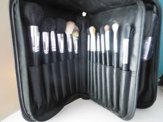 Forever Fern: SUPER AFFORDABLE BRUSHES - OVONNI BRUSHES REVIEW