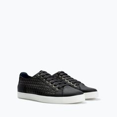 QUILTED PLIMSOLL