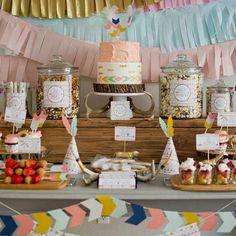 10 Pretty Princess Parties - Head to the Tinyme blog for more inspiration tinyme.com/blog