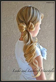 Cute flower girl hair for wedding