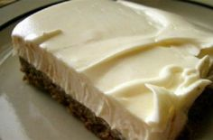 Frozen Desserts, Summer Desserts, Fun Desserts, Chocolate Fudge Frosting, Chocolate Desserts, Pastry Recipes, Cooking Recipes, Greek Cake, Low Calorie Cake