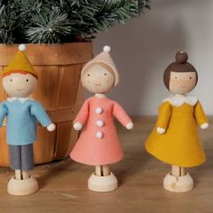 Miniature dolls made from wood clothespins are an easy Christmas craft that will look right at home on your Christmas tr Easy Christmas Crafts, Diy Christmas Ornaments, Homemade Christmas, Christmas Projects, Christmas Tree, Baby Ornaments, Doll Crafts, Cute Crafts, Diy Doll