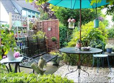 Welcome to Boxwood Cottage: Summer at Boxwood Cottage garden ~ Update June to July 2013 with London shopping tips!